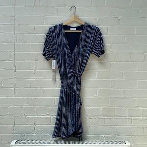 BNWT Aritzia Babaton Wallace Dress